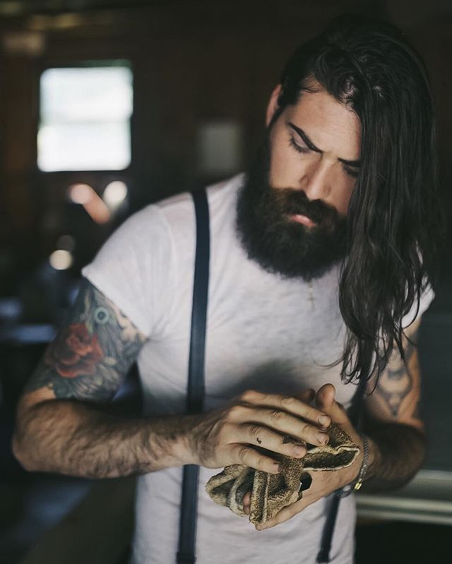 THE 7 BEST INSTAGRAM ACCOUNTS FOR BEARD LOVERS