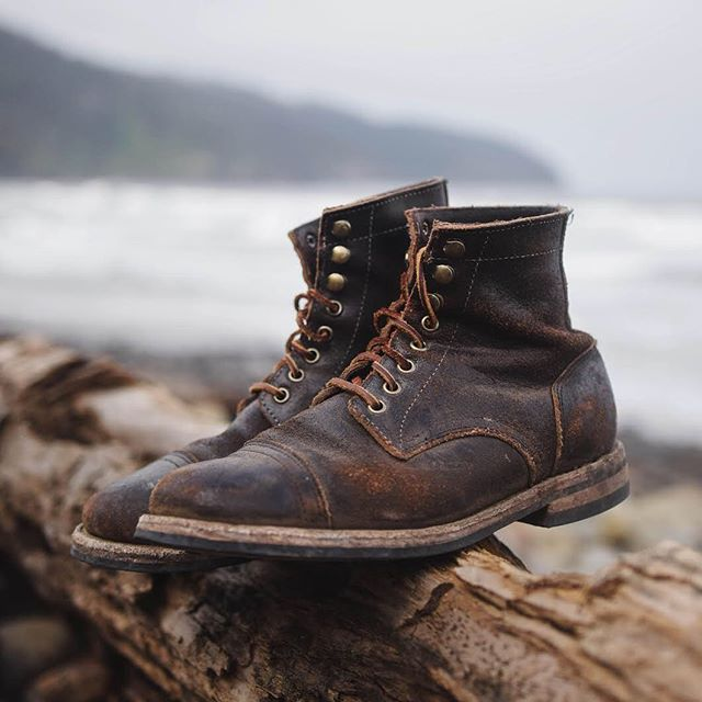 PRODUCT SPOTLIGHT: OAK STREET BOOTMAKERS BROWN TRENCH BOOT